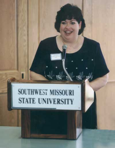 Kathy Davis making comments at the 2001 Excellence in Advising Award Reception