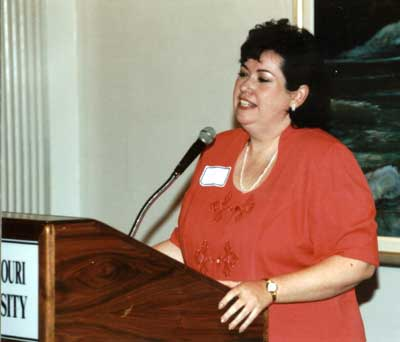 Kathy Davis making comments at the 1999 Excellence in Advising Award Reception